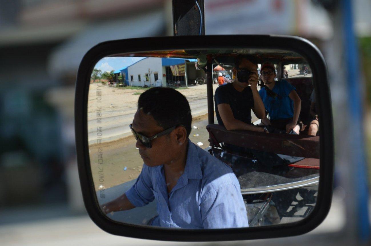 Выезд на стрельбище в Камбодже