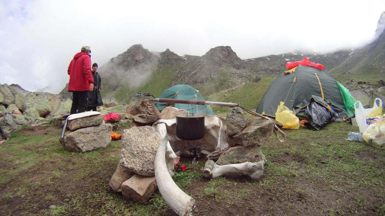 В палатках на горе