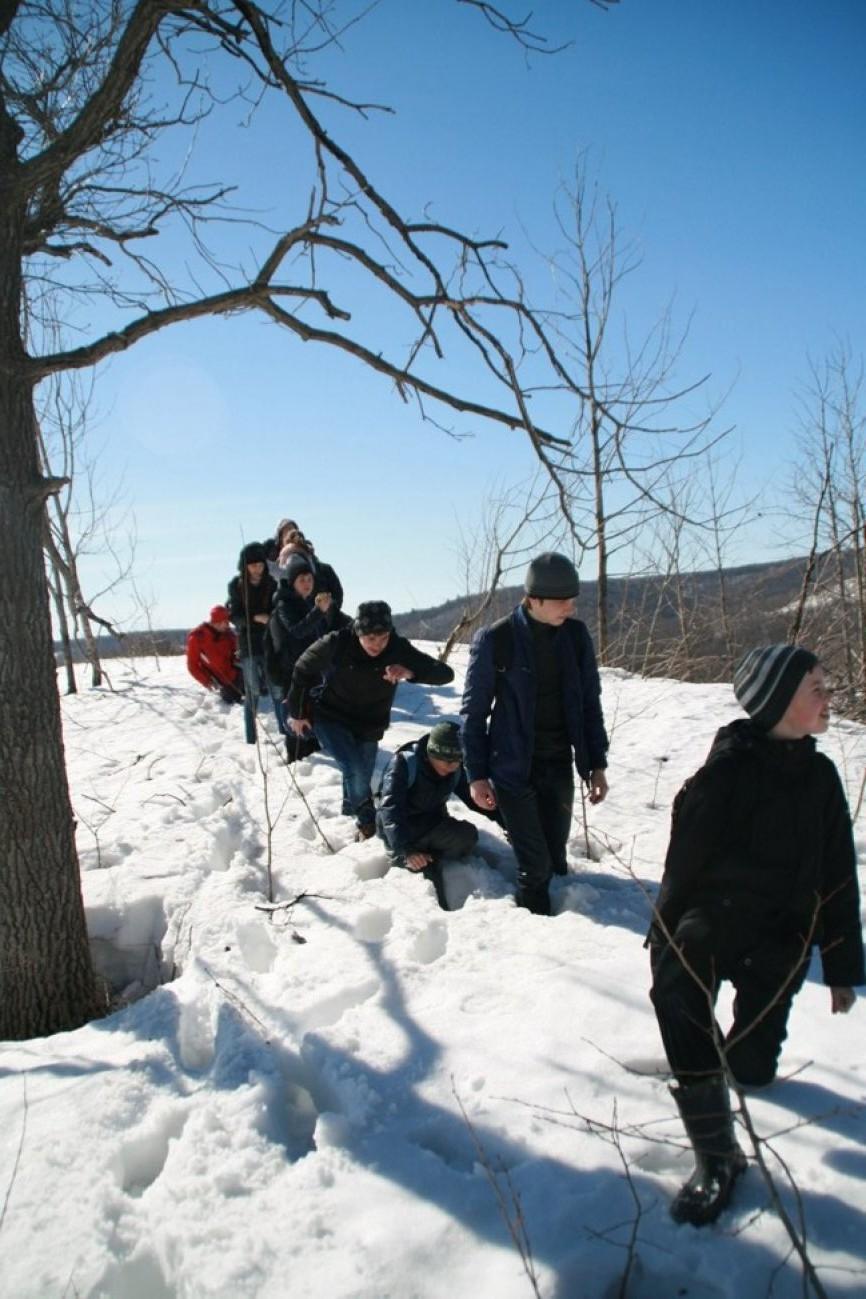Путешествуем с друзьями по снегу