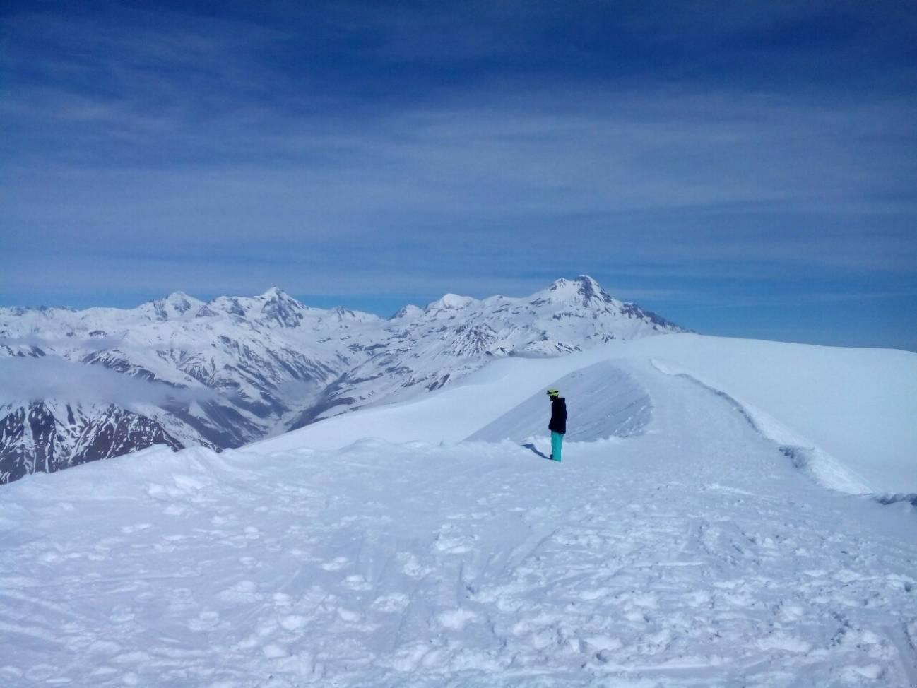 Путешествия за снегом на сноуборде
