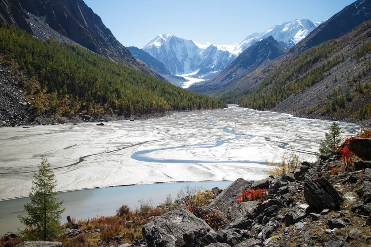Высокогорное озеро в походе