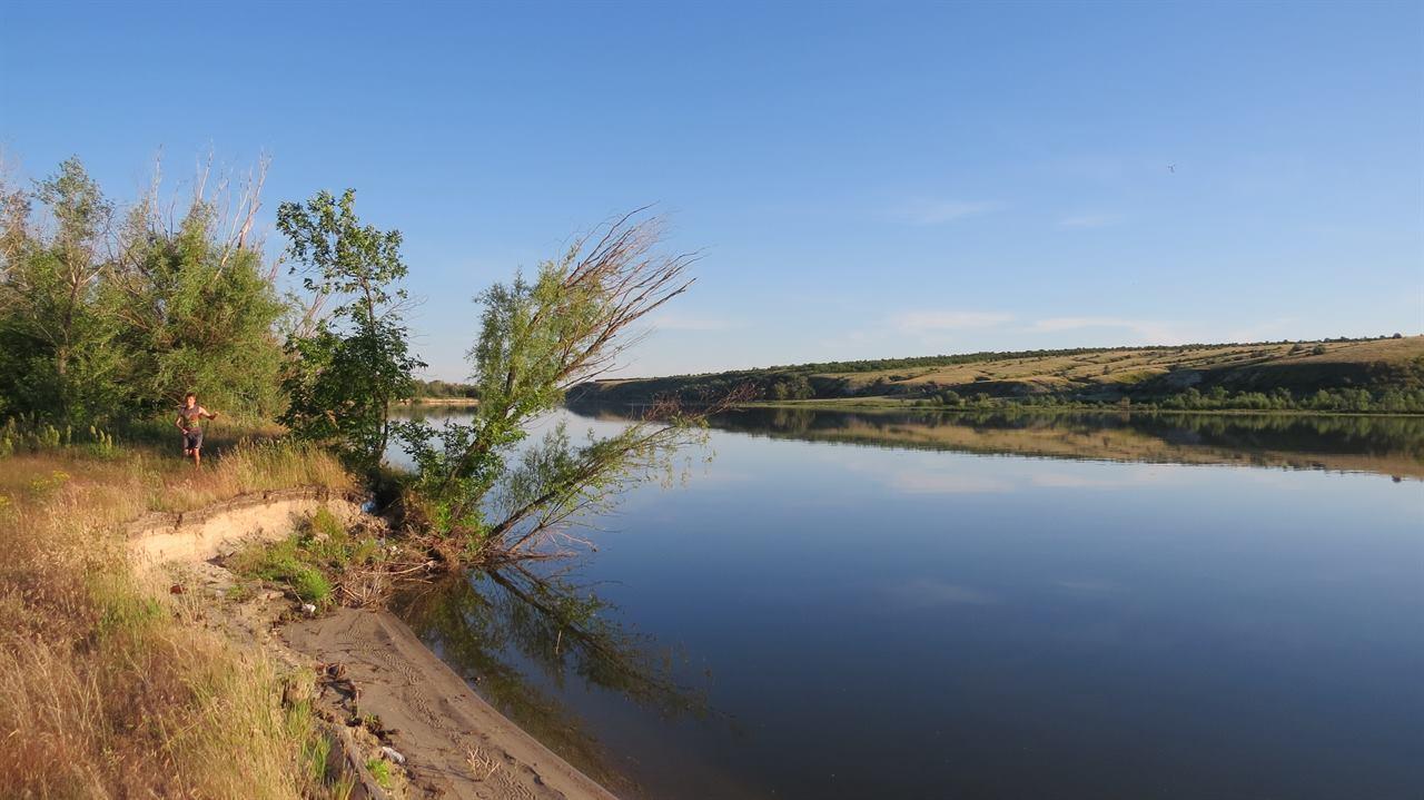 Тихая река летом