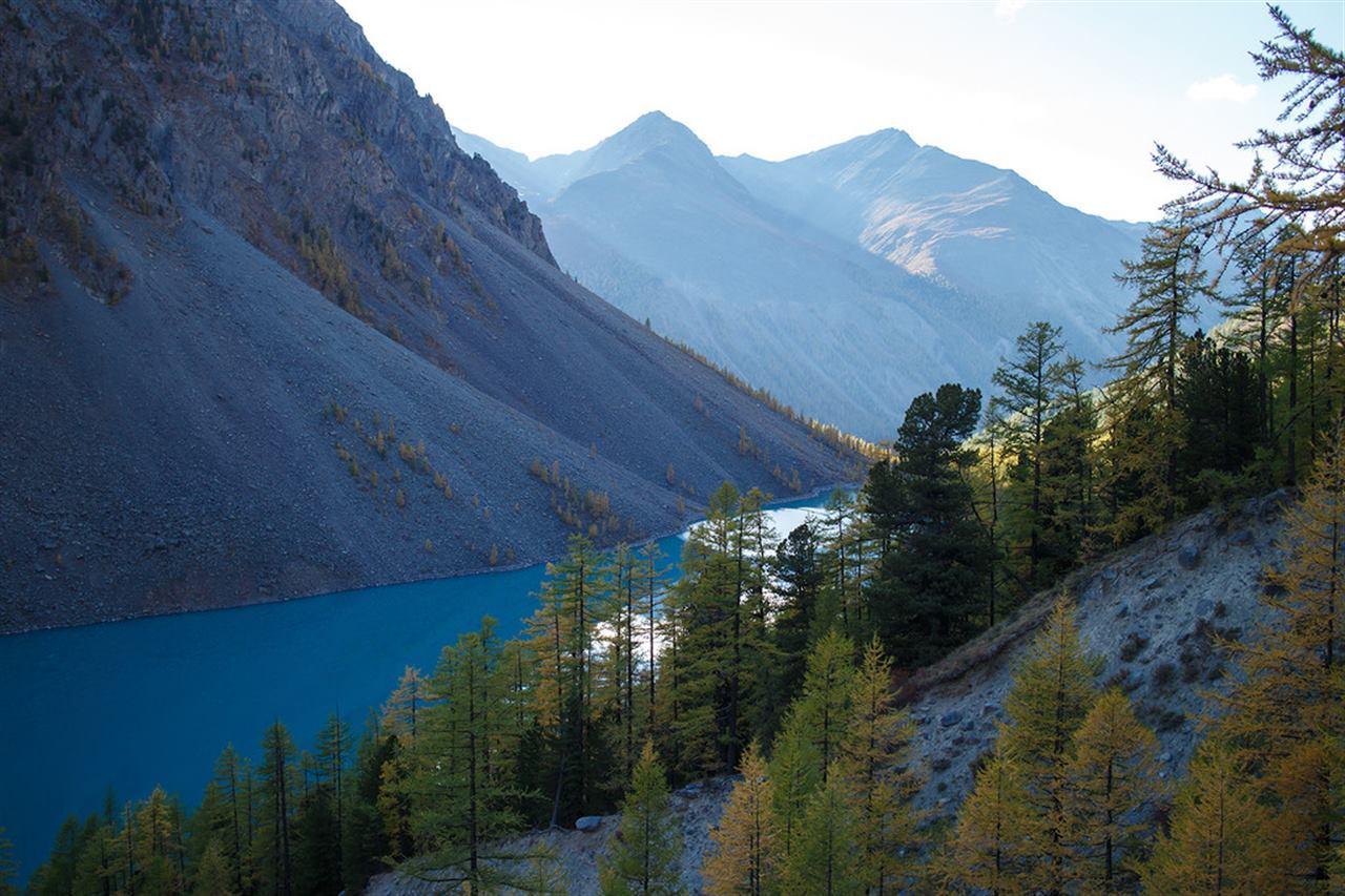 Долина с озерами на Алтае