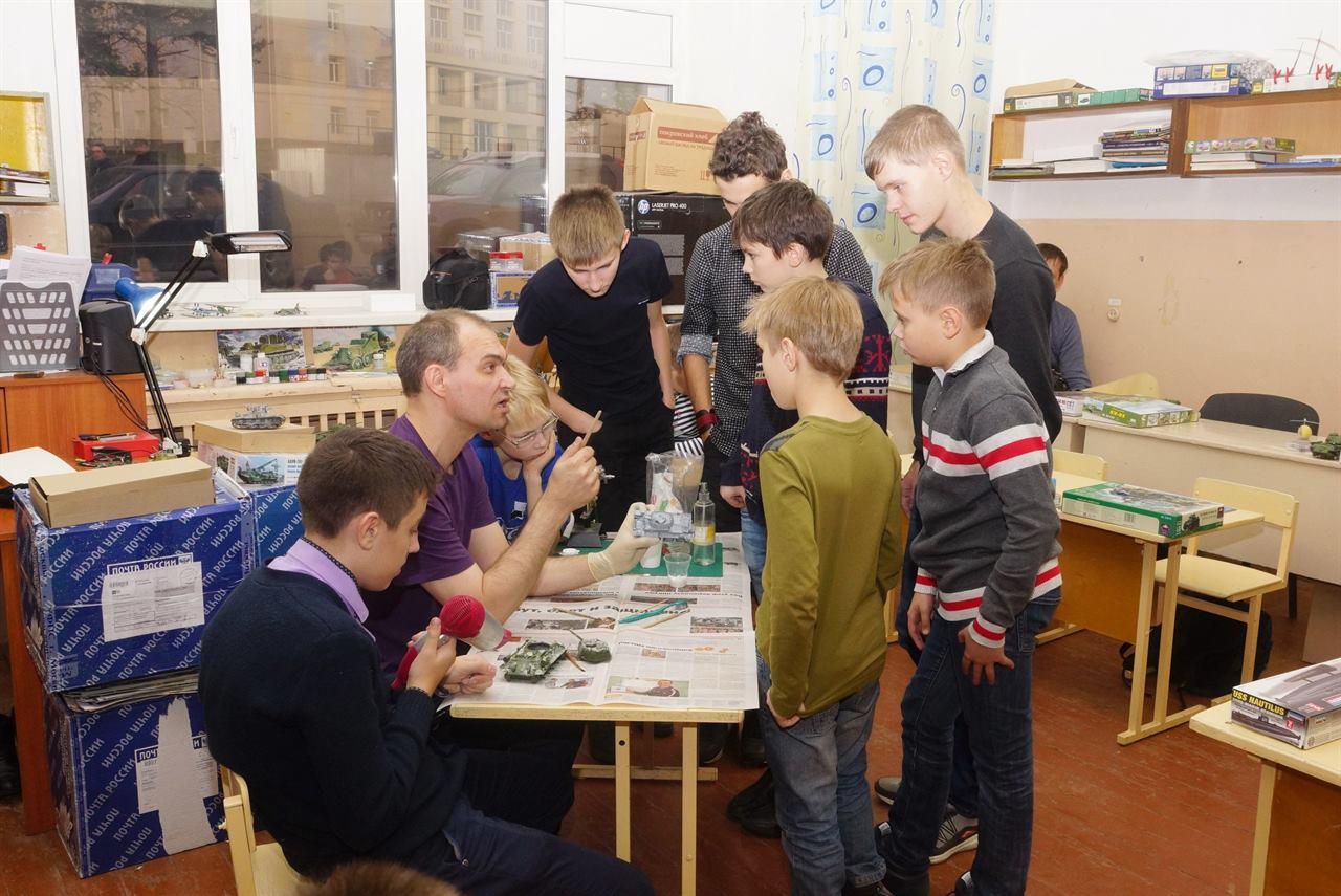 Обучение детей в кружке моделизма