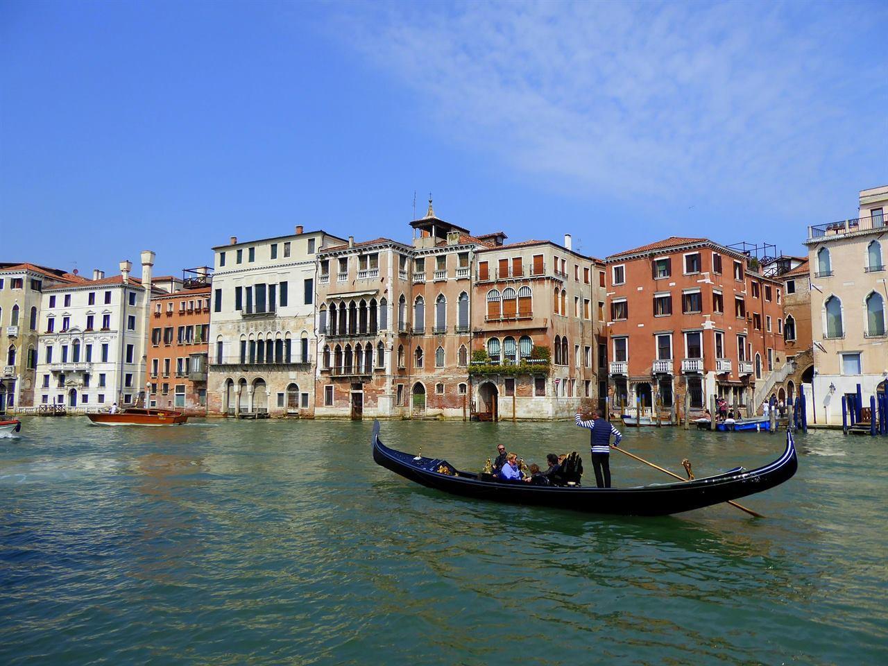 Лодка в Венеции