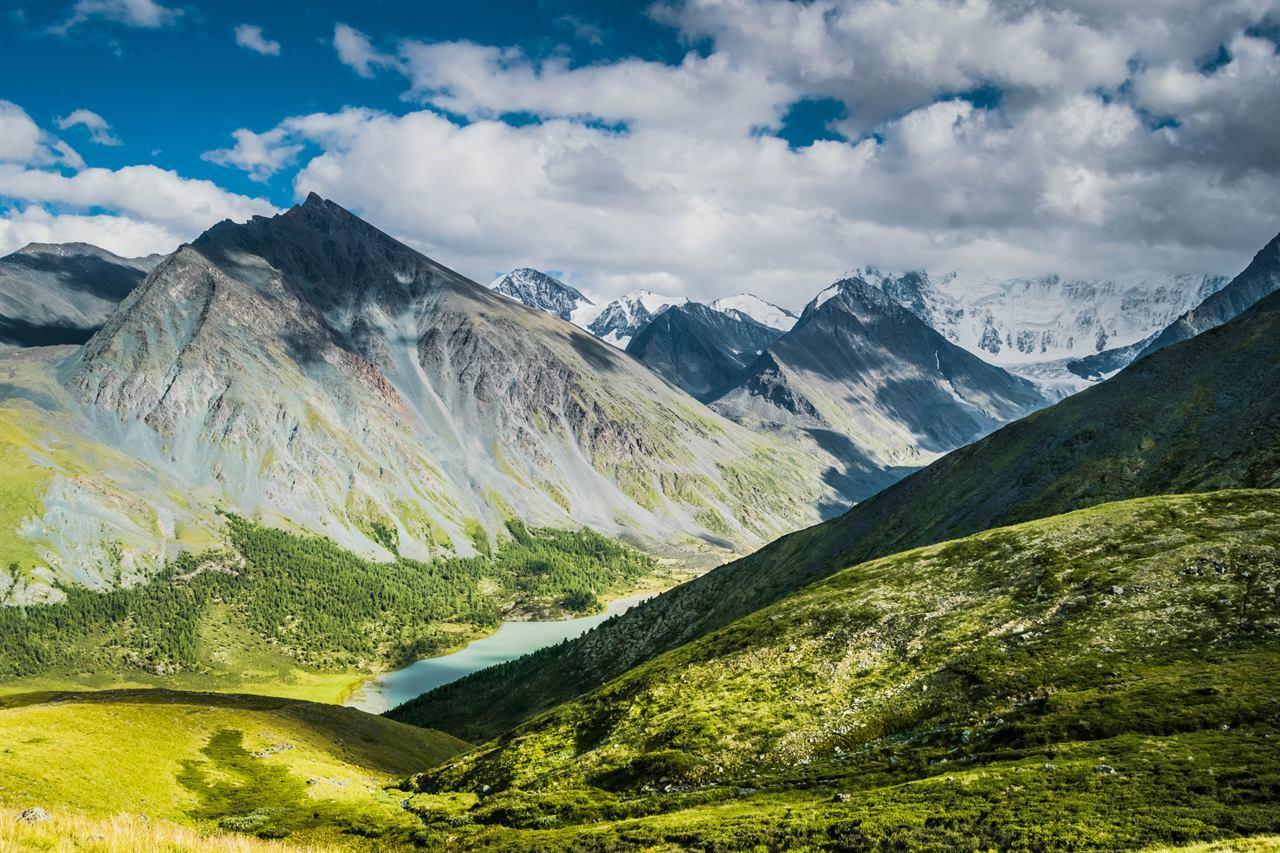 Горы на Северном Урале
