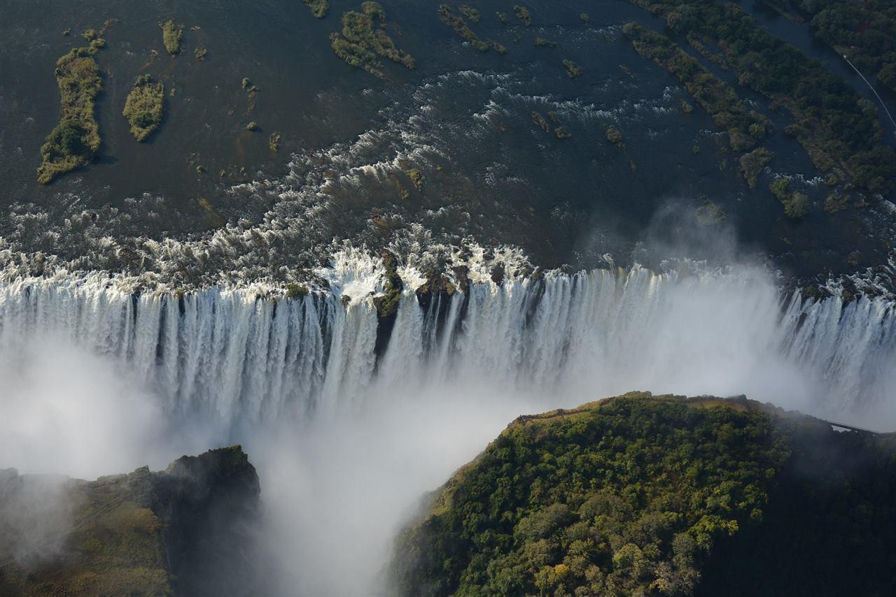 Водопад Виктория с высоты птичьего полета