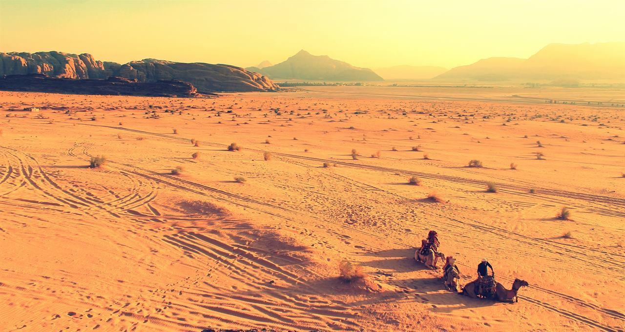 Пески Йоф и Нгор