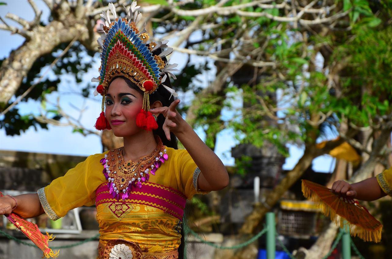 Танцовщица на Бали