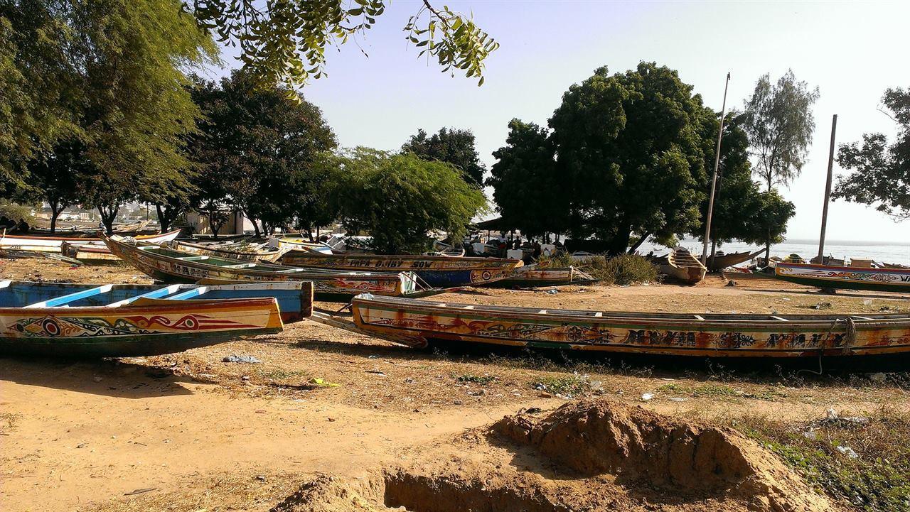 Лодки в Сенегале