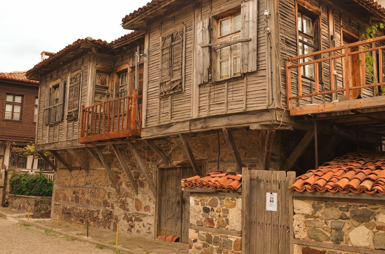 Старый город Созополь