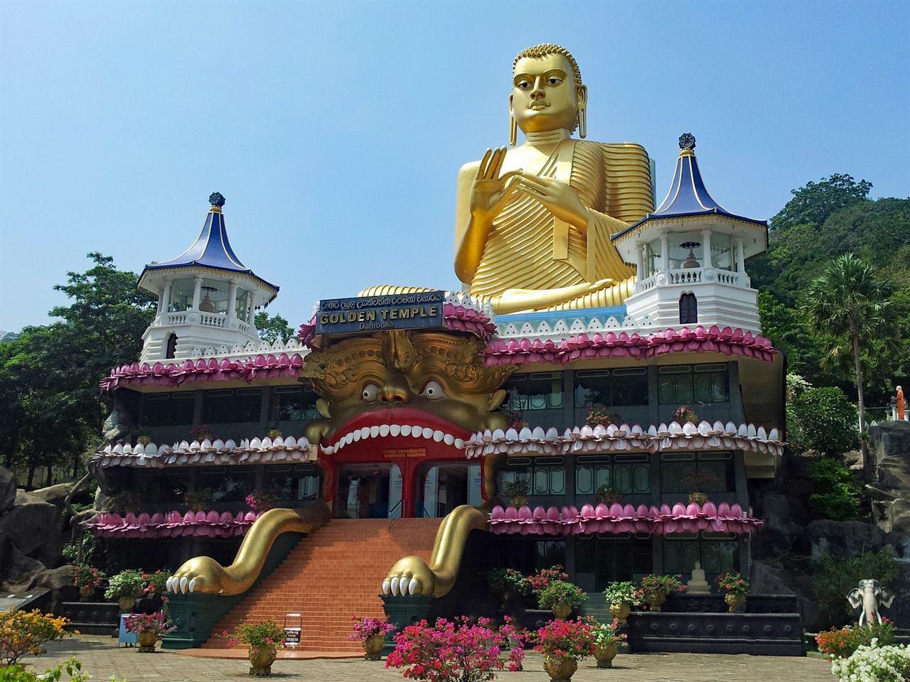 Буддийский храм Шри-Ланка