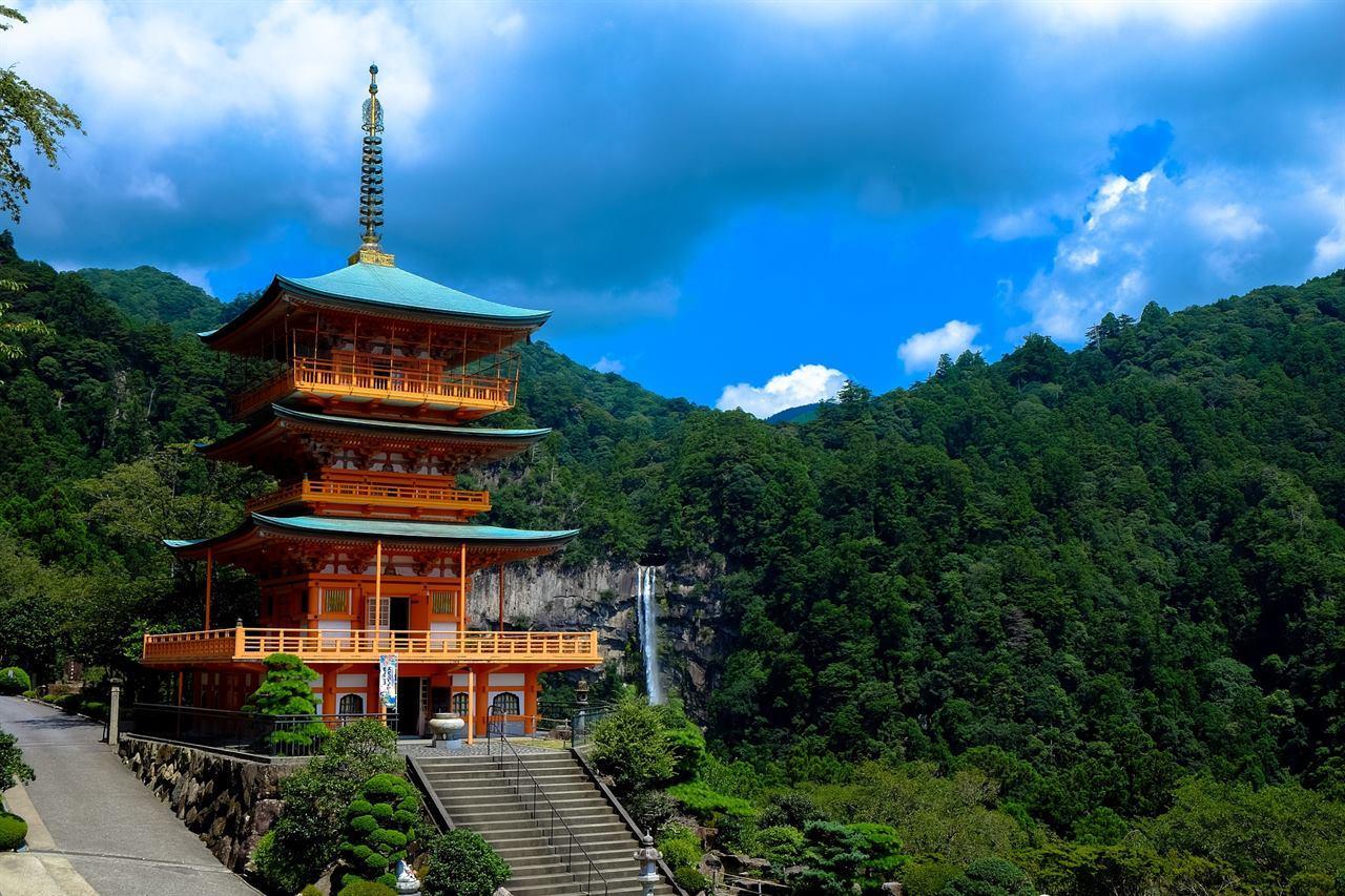 Парки развлечений в Японии