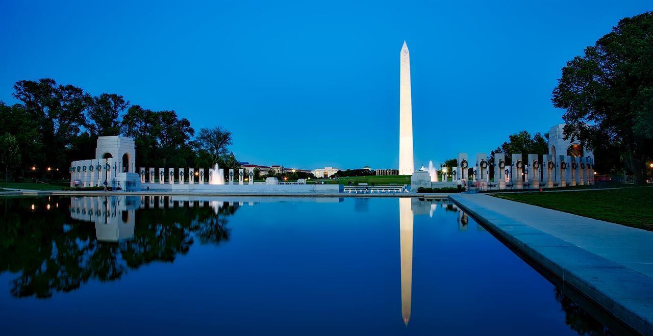 Монумент в Вашингтоне