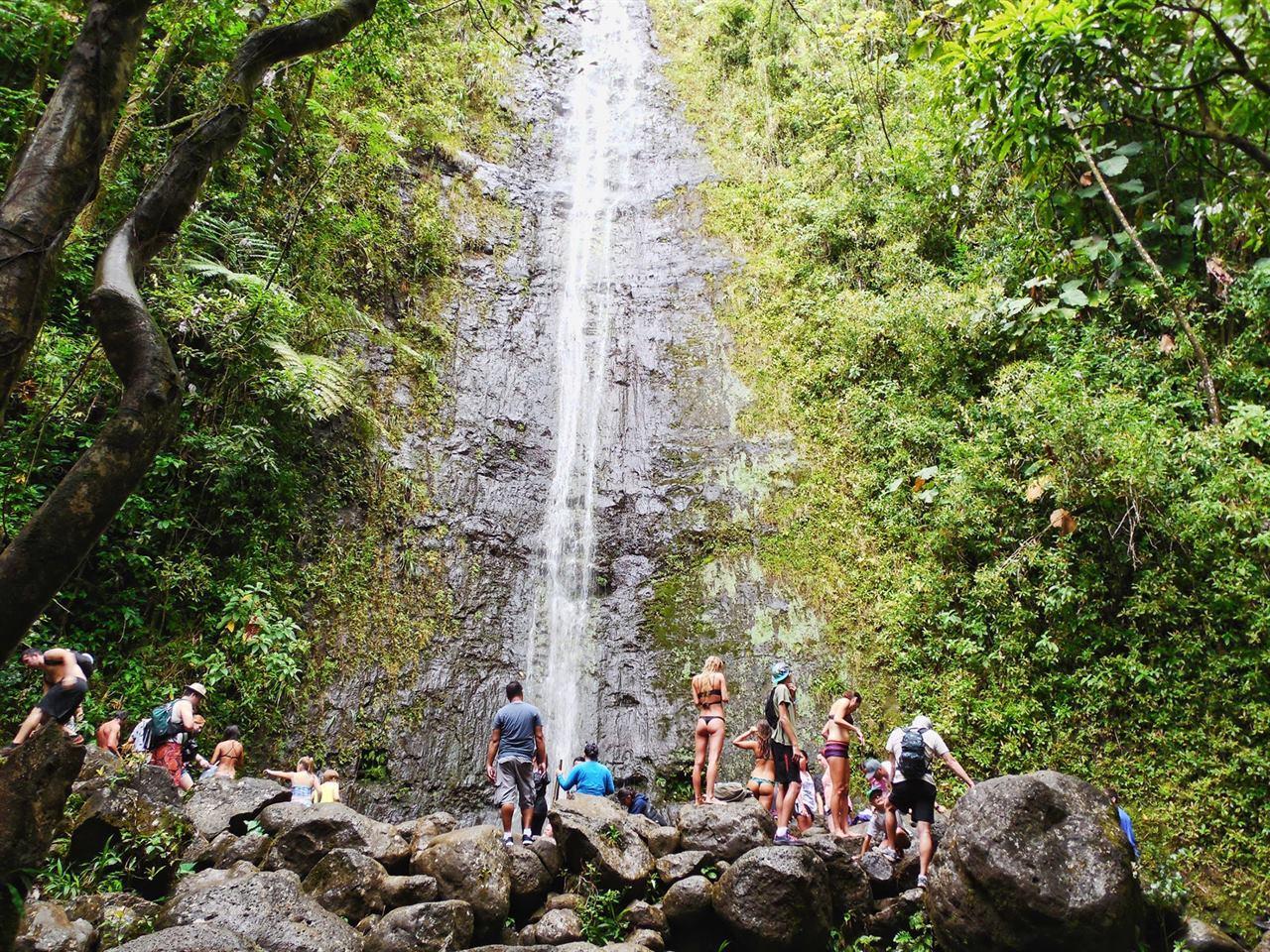 Водопад Маноа Фолс