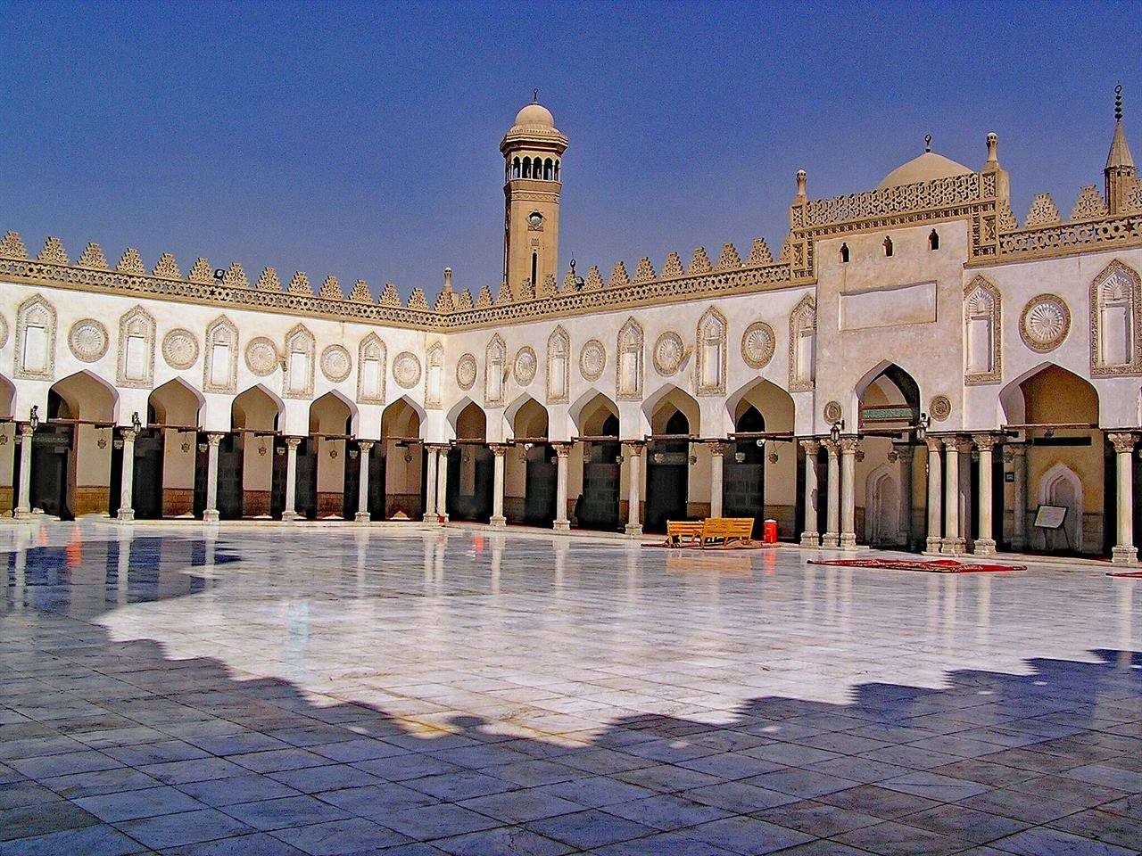 Город тысячи мечетей Каир