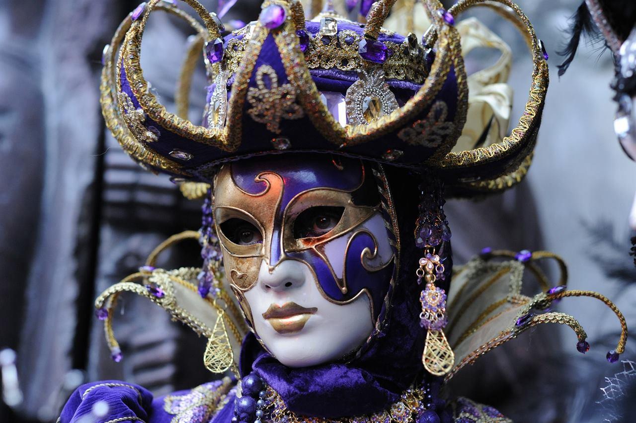 Карнавальная маска Италия
