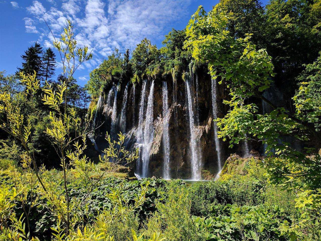 Водопады в национальном парке Хорватии