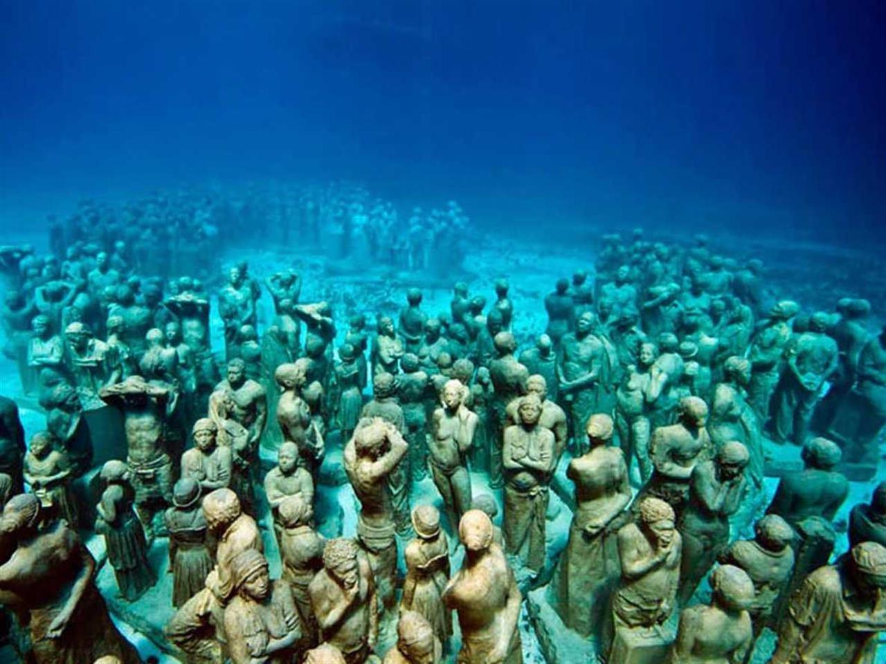 Подводный музей Мексика