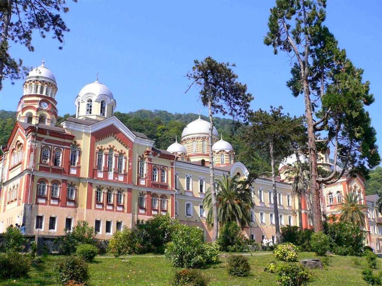 Абхазия лес природа монастырь