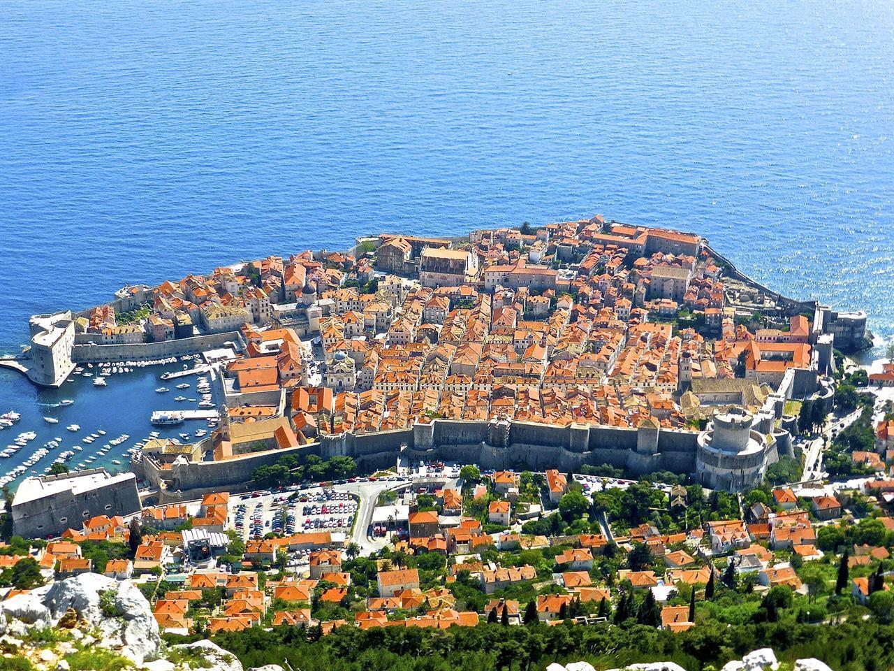 Берег Адриатического моря в Хорватии