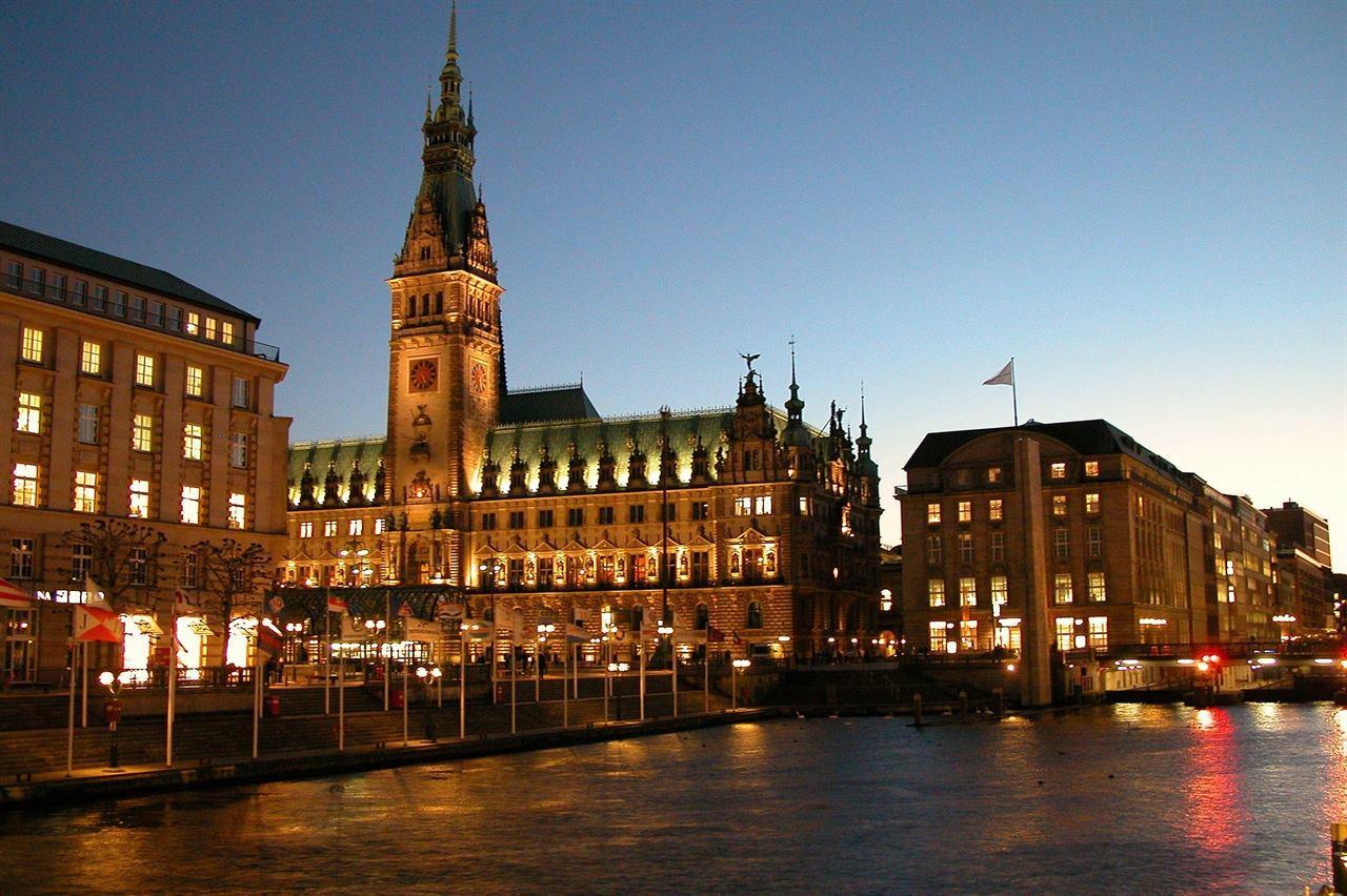 Гамбург Германия город улица