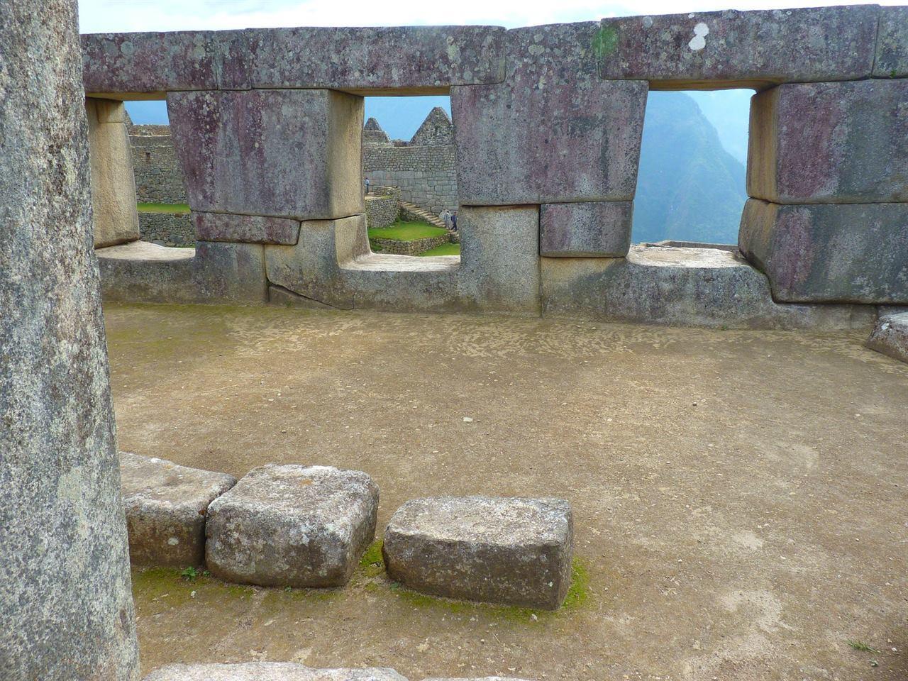 Древние сооружения Мачу-Пикчу полигональная кладка