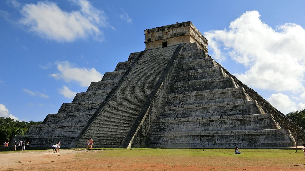Чичен-Ица храм-пирамида Бога Кукулькана