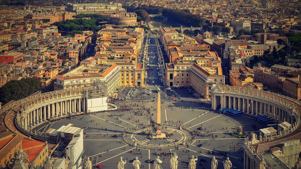 Ватикан в Италии