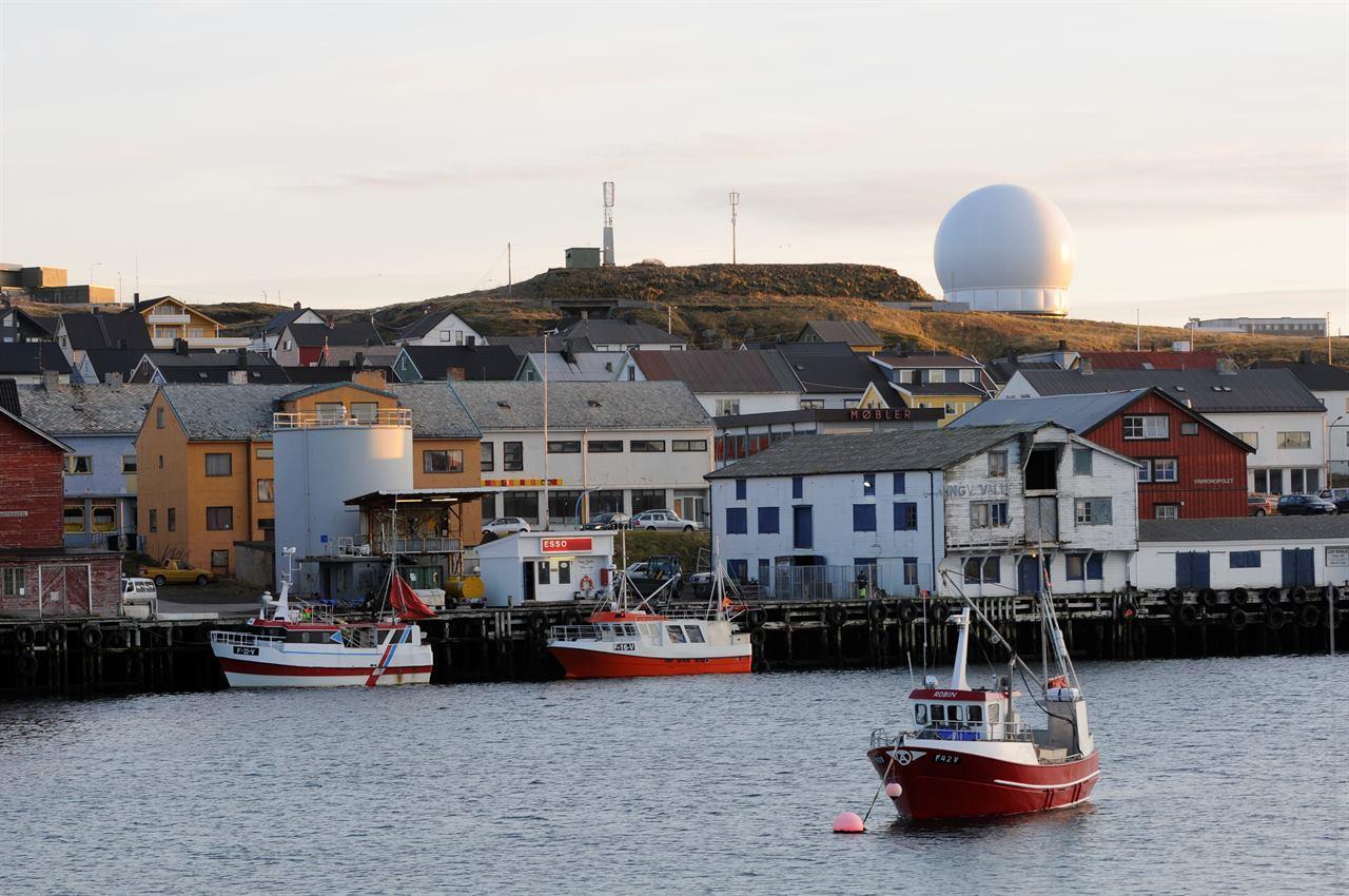 Морской берег на Вардё в Норвегии на севере