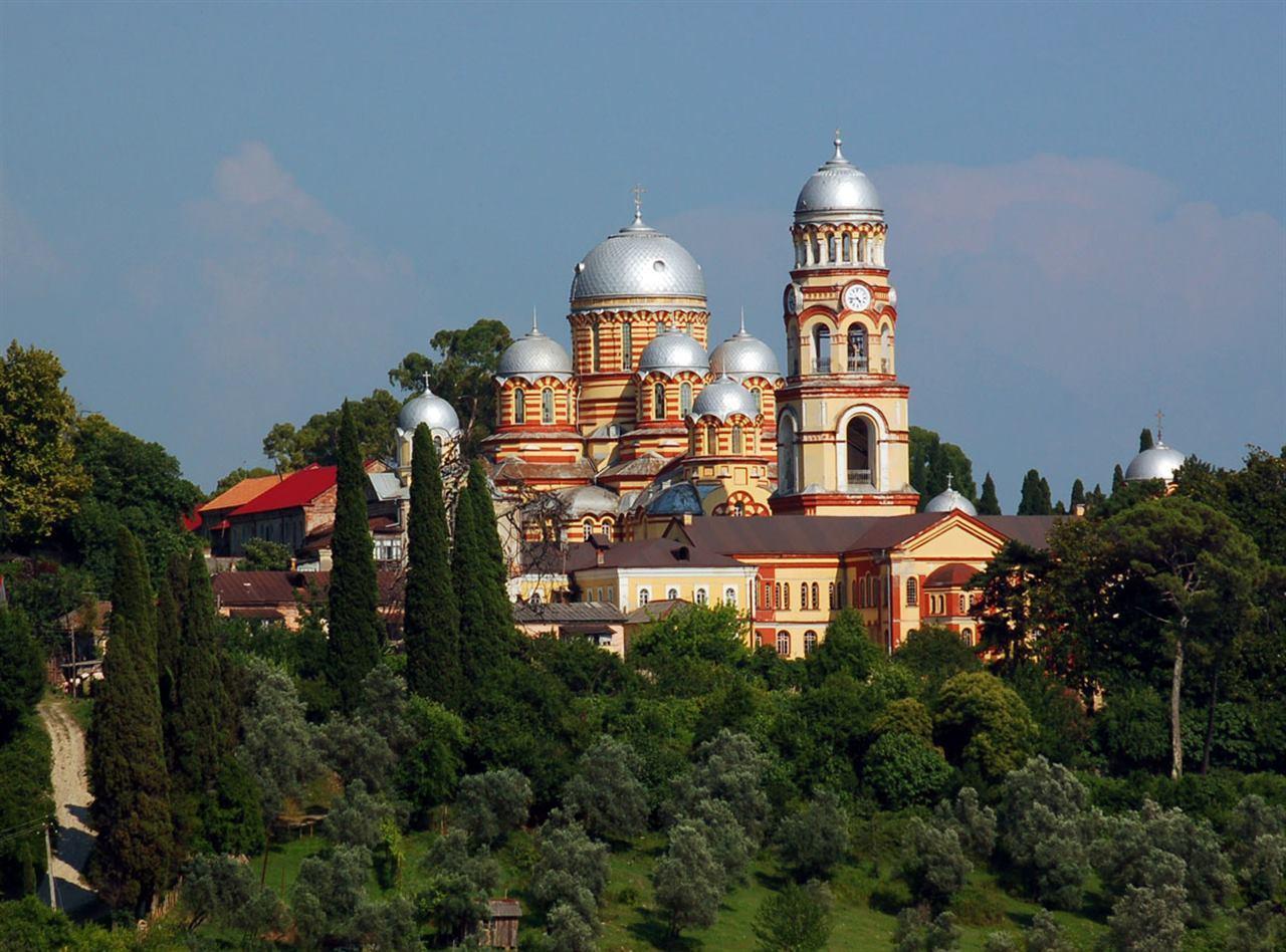 Абхазская церковь Нового Афони