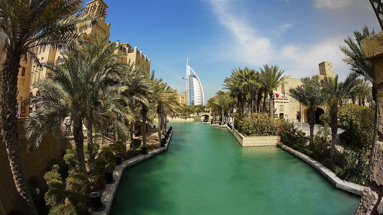 Восточная сказка наяву – Дубай, Абу–Даби, Шарджа