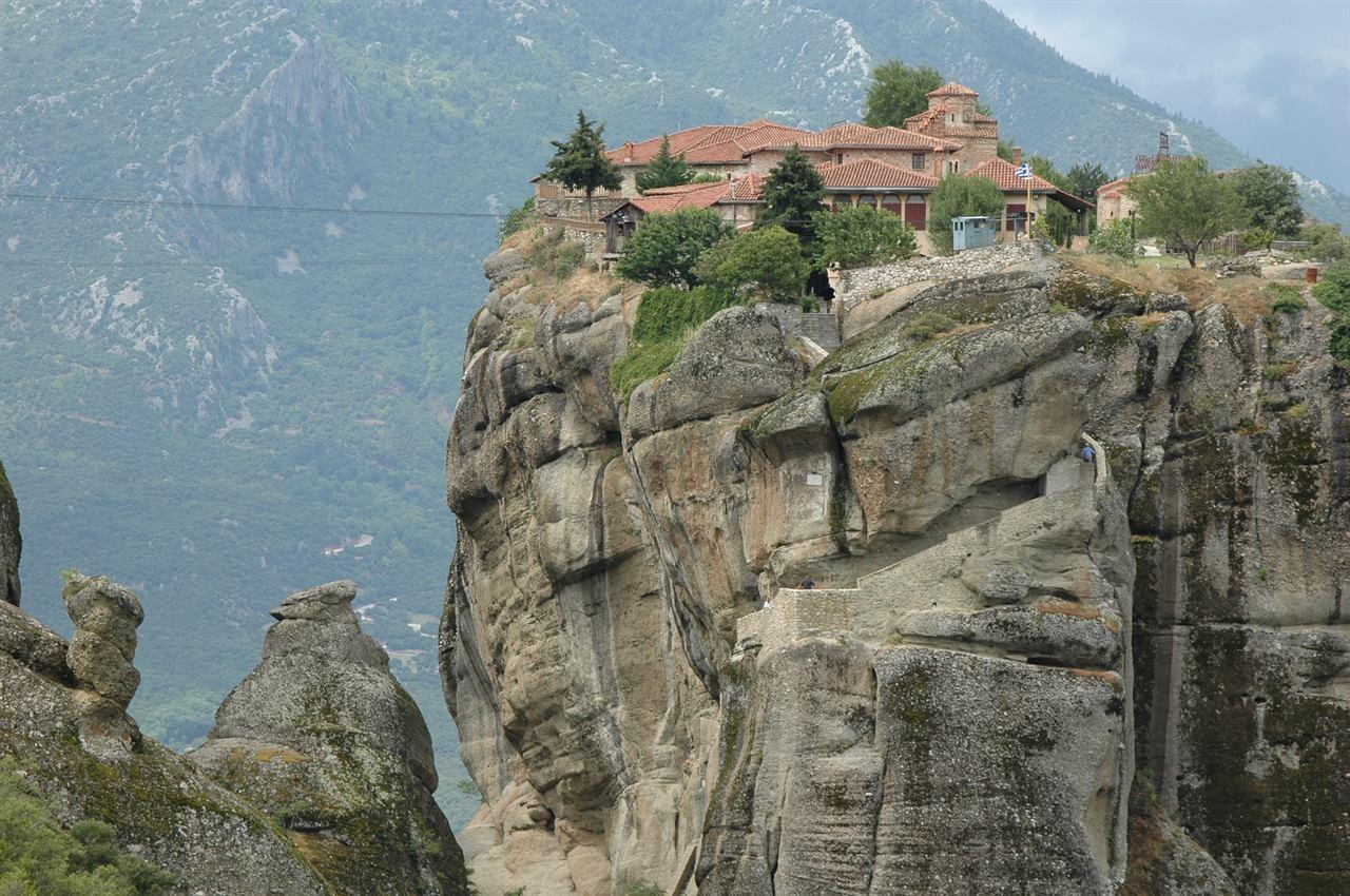 Отправившись в Грецию в Халкидики к Монастырю