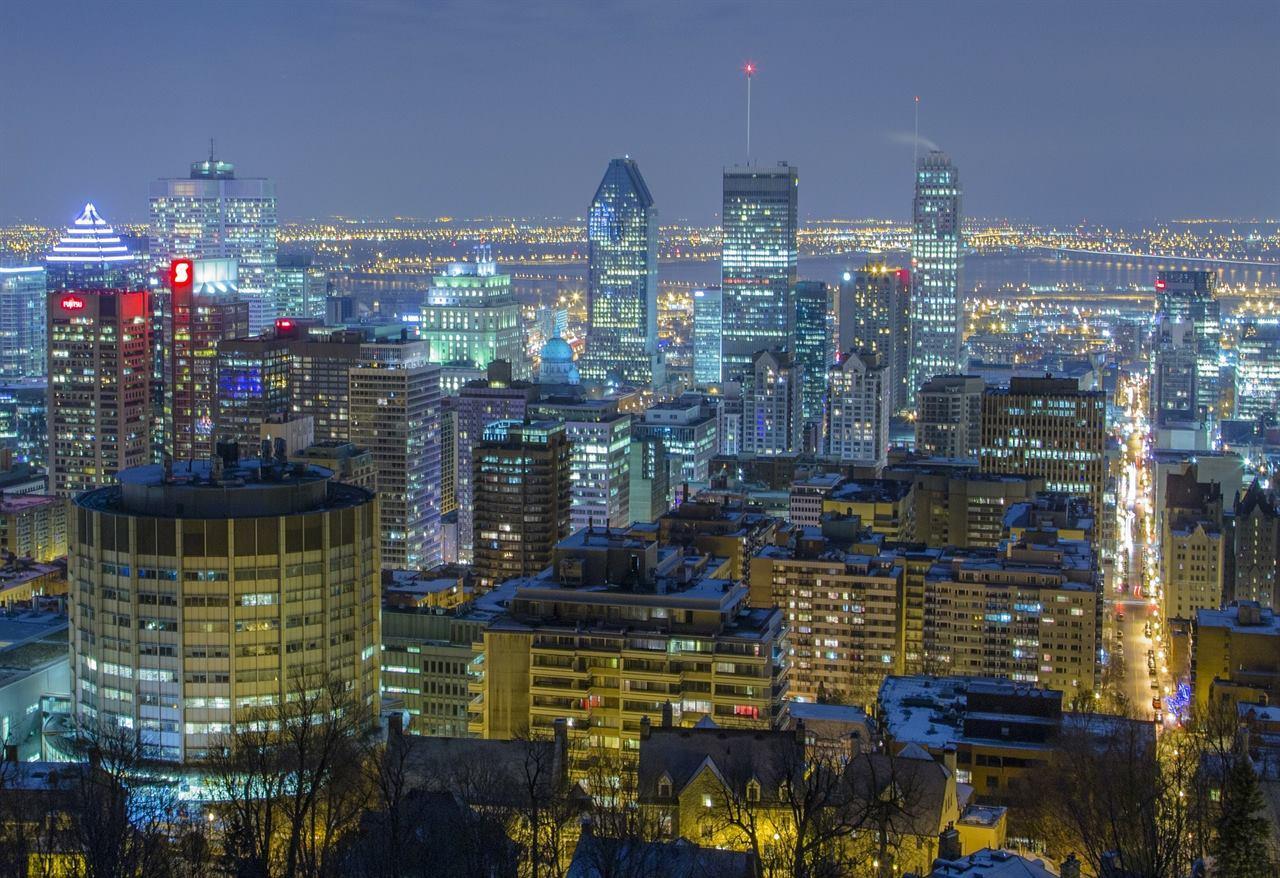 Ночной Монреаль Канада Квебек