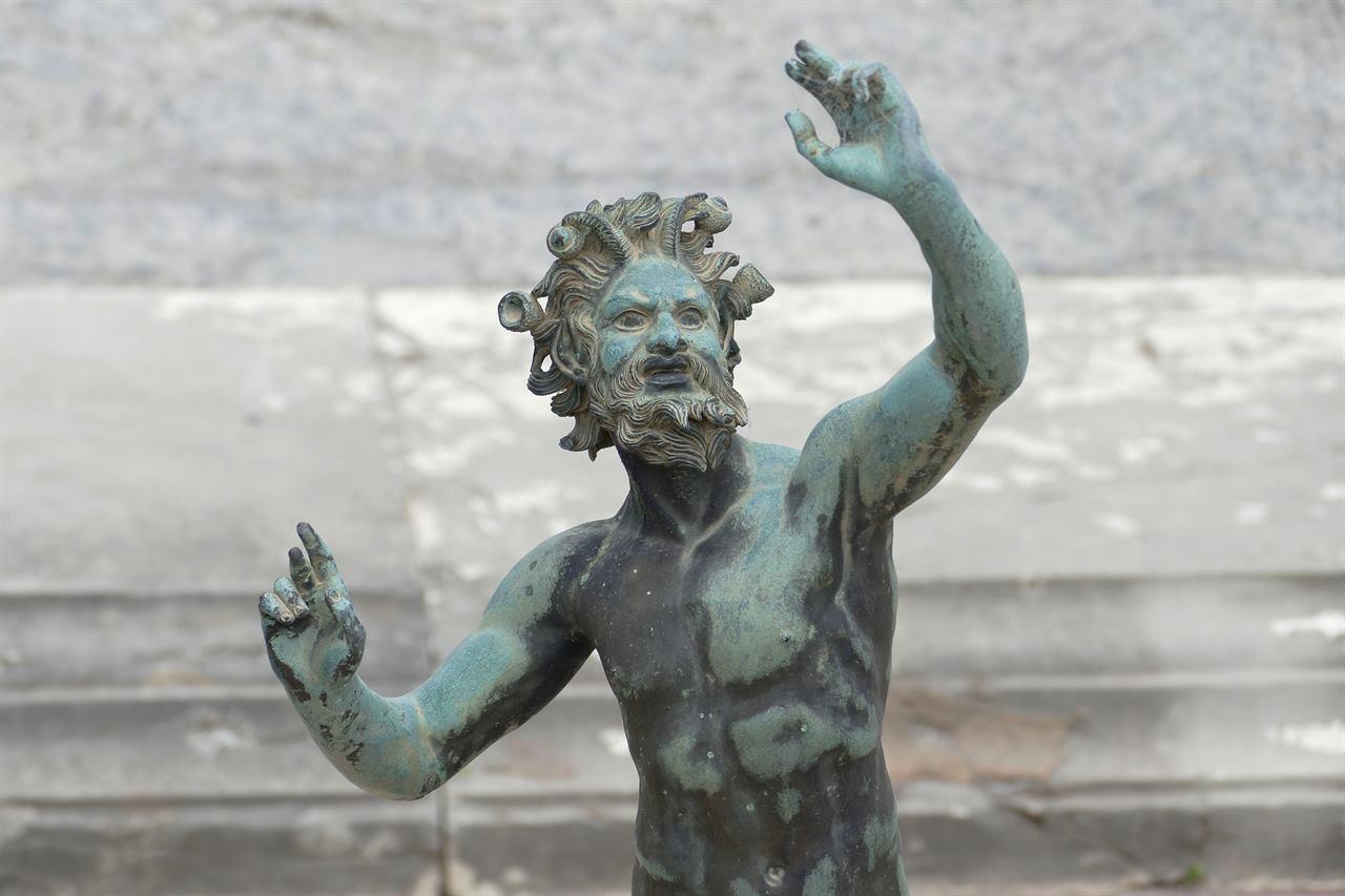 Неаполь Помпеи статуя