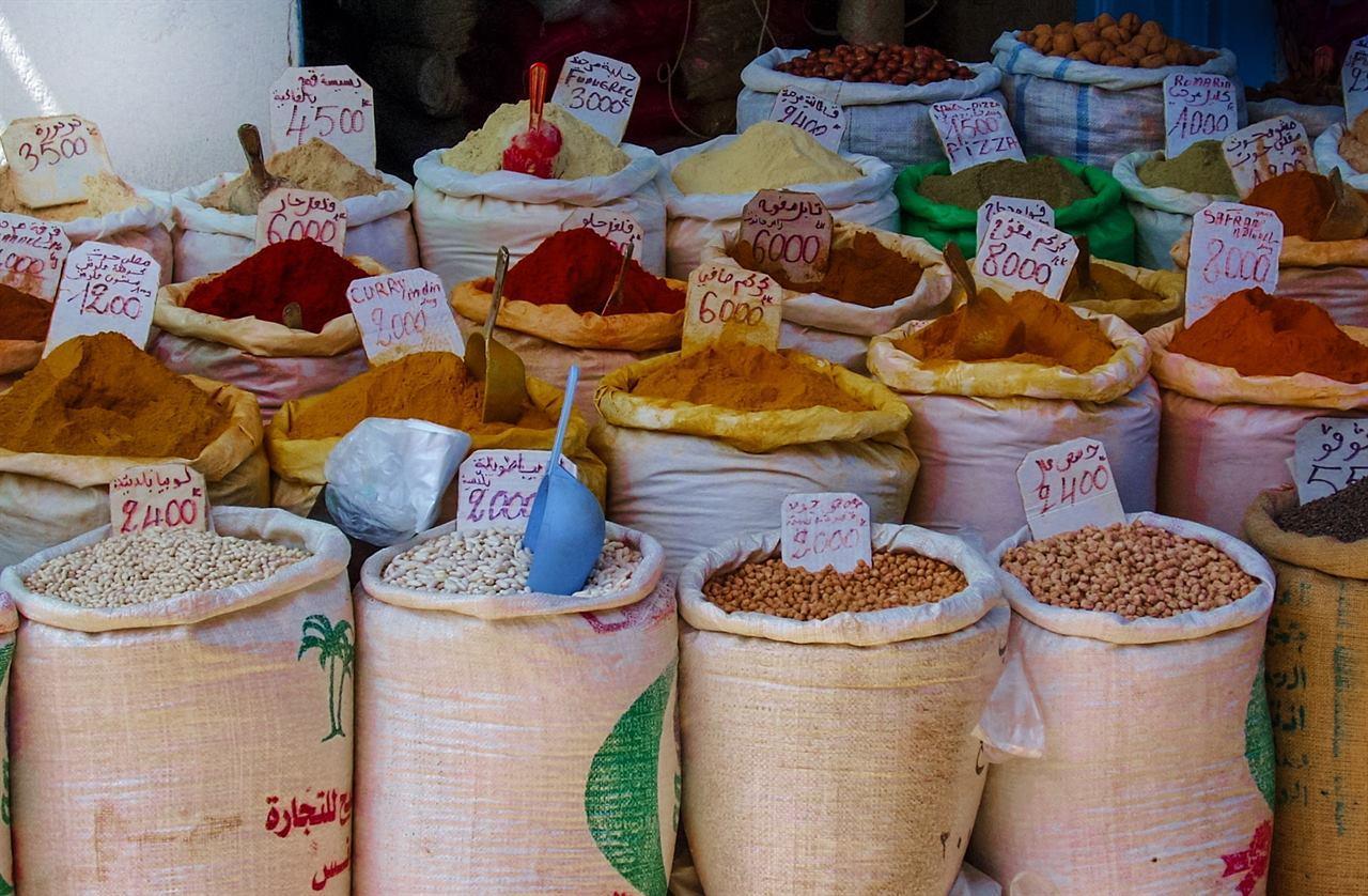 Тунис рынок специи