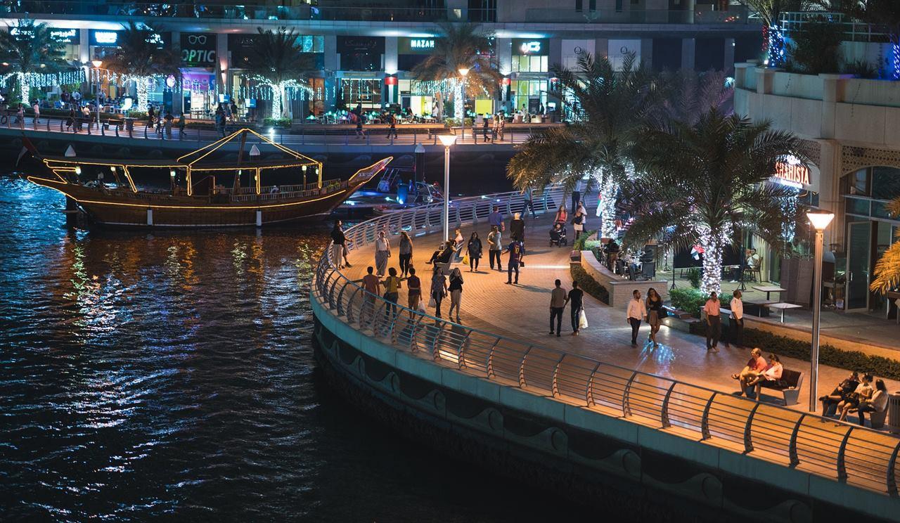 Прогулка по набережной Дубая