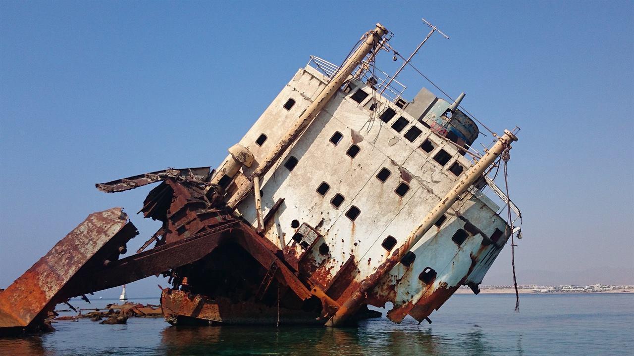 Затопленный корабль в Египте Марса-Алам