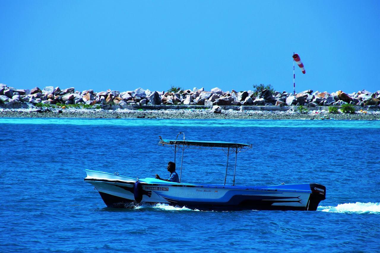 Отдых на Мальдивах катание на катере
