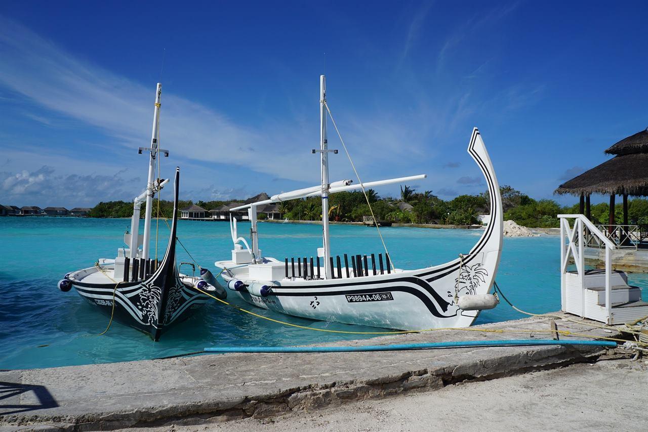 Мальдивские острова лодка