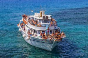 Лучшее время для путешествия и круиза по Средиземному морю